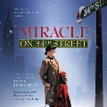 Miracle on 34th Street (1994/1947) / Come to the Stable