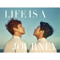 LIFE IS A JOURNEY [BOOK+DVD]