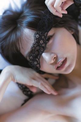 篠田麻里子/篠田麻里子 完全版写真集 「Memories」 [9784087807868]