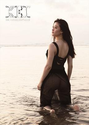 上西恵 写真集 『 KEI 』 Book